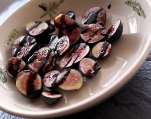 figs-with-balsamic-glaze