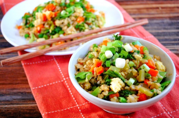 Veggie-Packed-Fried-Rice-an-easy-and-healthy-alternative-to-take-out-1024x680